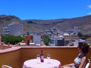 Apartamentos La Hila