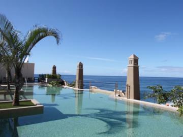 Hotels La Playa