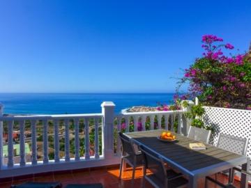 Terrasse der Casa Familiy mit großartigem Blick über das unter Valle Gran Rey