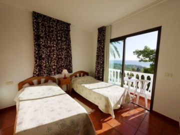 Untere Apartments mit Balkonen – Apartamentos Rivas